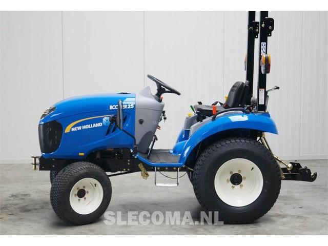 New Holland NH BOOMER 25