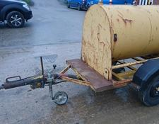 Sonstige 250 GALLON WATER BOWSER
