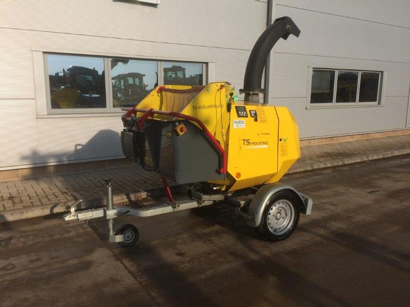 TS Industries WS/16-35D Turntable Chipper