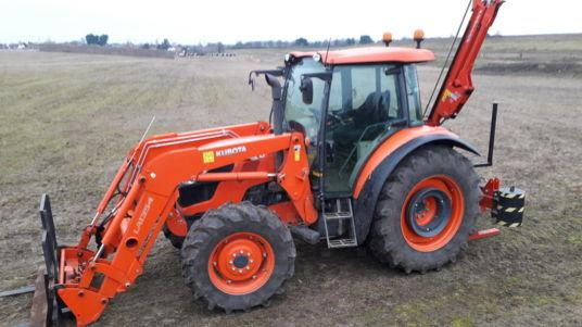 Kubota 9960 TRACTOR WITH LOADER