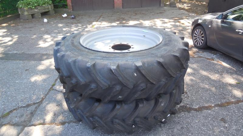 Firestone Performer 85 460/85R42 480/80R42 18.4R42