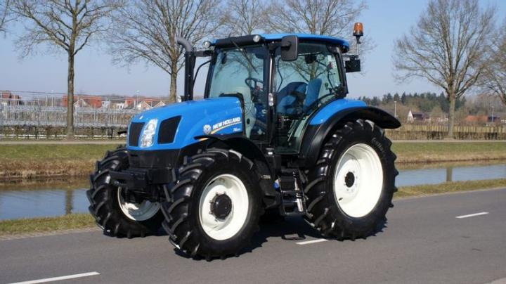New Holland at work